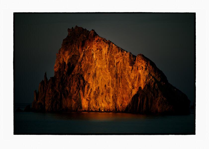 Bill Henson Untitled #12, 2010-11; CL SH741 N30; archival inkjet pigment print ; 127 x 180 cm; Edition of 5 + AP 2; enquire