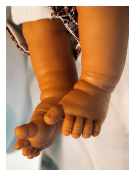 Destiny Deacon Dangling legs, 2014; Hahnemuhle photo rag; 43 x 33 cm; Edition of 5 + 2 APs; enquire
