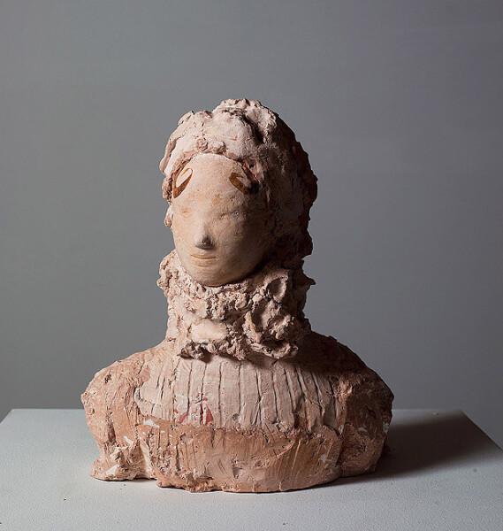 Linda Marrinon Woman with Elizabethan Ruff, 2008; tinted plaster; 33 x 28 x 18 cm; enquire