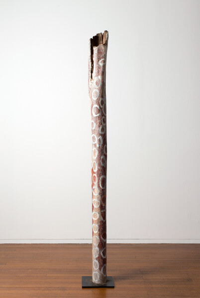 Nyapanyapa Yunupingu Circles, 2016; 3573-16; Larrakitj; 241 x 20 x 20 cm; enquire