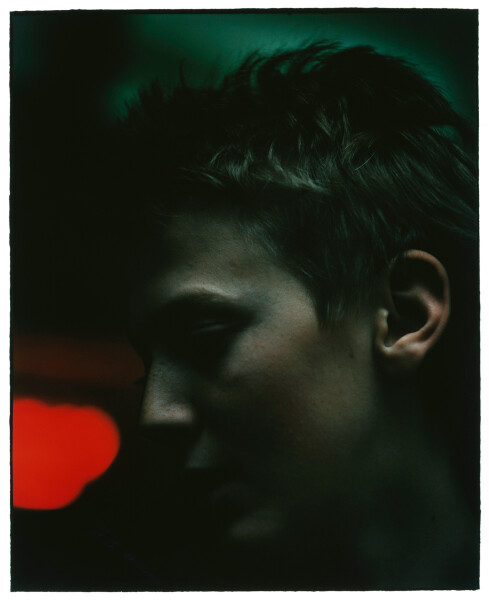 Bill Henson Untitled #121, 1985-86; gallery catalogue reference #72; Type C photograph; 134.5 x 114 cm; Paper size: 128 x 100 Image size: 105 x 86cm; Edition of 20; enquire