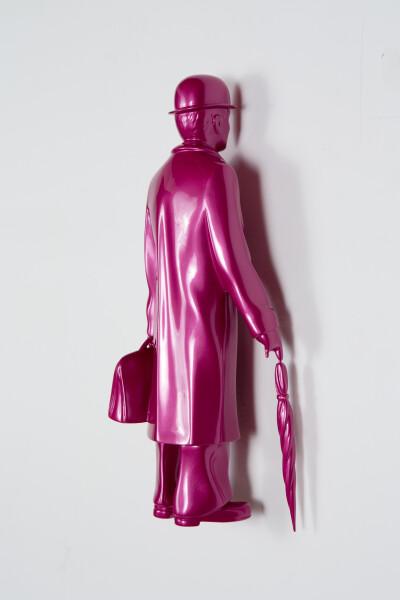 Michael Parekowhai Over the Rainbow, 2015; hot pink; fibreglass, automotive paint; 41 x 14 x 12 cm; enquire