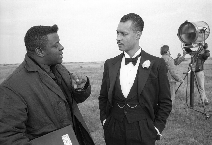 Isaac Julien Mise-en-scene No.2 (Looking for Langston Vintage Series), 1989-2016; from the series Looking for Langston; Ilford classic silver gelatin fine art paper, mounted on aluminum and framed; 58 x 74.5 cm; Edition of 4 + AP 2; enquire