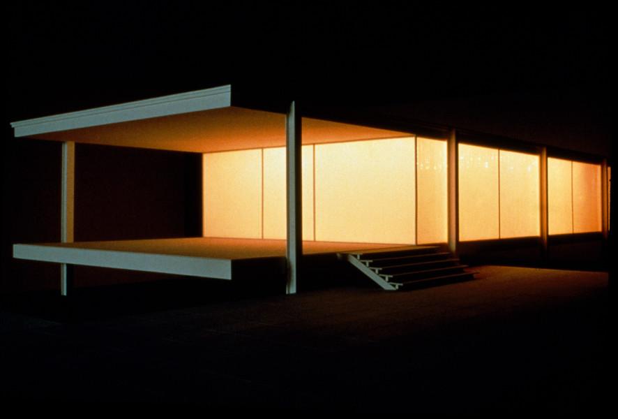 Callum Morton International Style, 1999; Acrylic, automotive paint, vinyl, lights, sound; 240 x 80 x 50 cm; Edition of 3; enquire