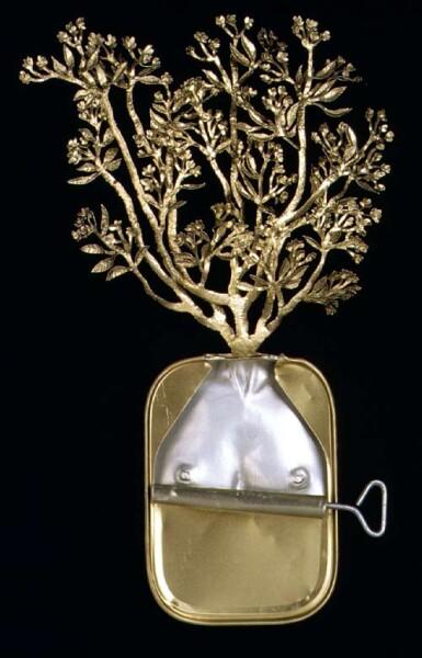 Fiona Hall Araliya (Sinhala), Thulappanai (Tamil) / Frangipani Plumeria actifolia / Temple tree, 1999; from the series Paradisus Terrestris; aluminium & tin; 26 x 18 x 4 cm; enquire