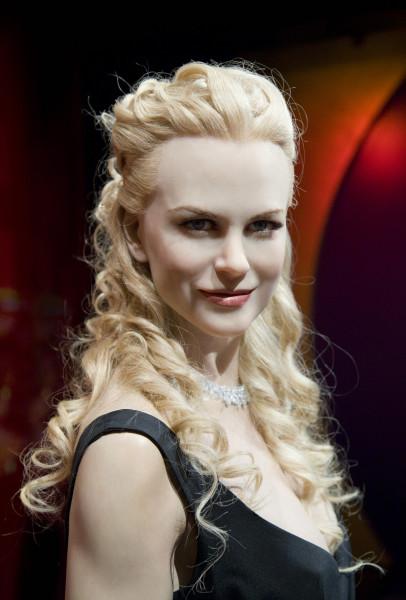 Anne Zahalka Nicole Kidman, 2007, 2011; archival pigment ink print; 89.5 x 60.5 cm; Edition of 5 + AP 2; enquire