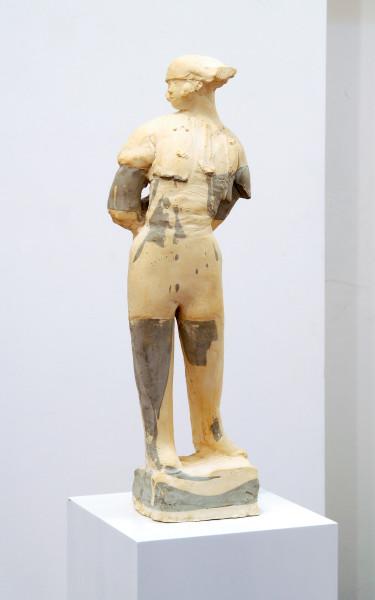 Linda Marrinon Matador, 2006; tinted plaster; 66 x 18 x 15 cm; enquire