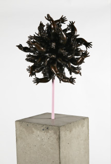 Del Kathryn Barton to feel on pink, 2016; bronze; 171 x 33 x 33 cm; enquire