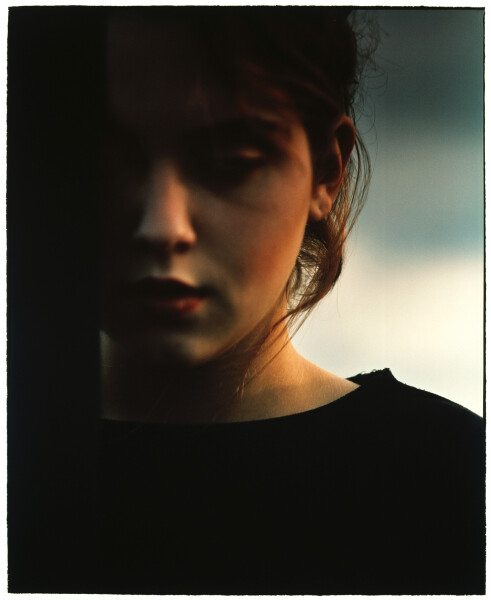 Bill Henson Untitled #18, 1985-86; gallery catalogue reference #123; type C colour photograph; 128 x 100 cm; Edition of 20; enquire
