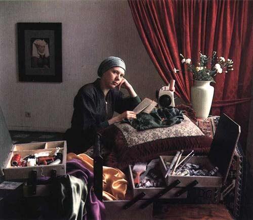Anne Zahalka The Reader (Silke Leverkuhne/painter), 1987; Ilfochrome print; 80 x 80 cm; Edition of 10; enquire
