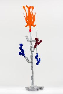 Caroline Rothwell Biomorph nasturtium, 2018; Hydrostone, canvas, epoxy glass, stainless steel, vinyl paint, wood; 172 x 58 x 42 cm; Enquire