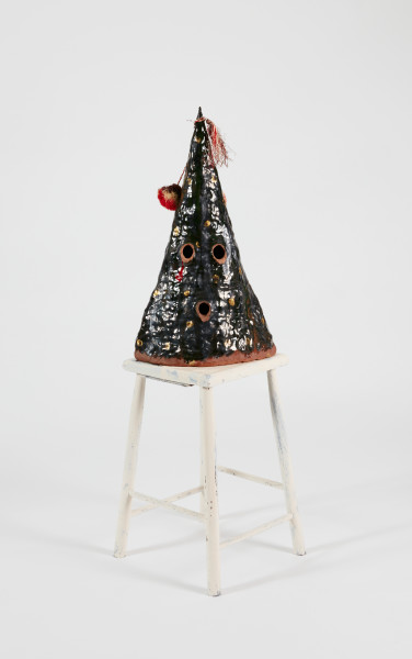 Nell My name is red, 2015; The Wake No. 24; earthenware, glazes, enamel paint, raffia pompom, wooden stool; 110 x 32 x 34 cm; object : 60.2 x 22.4 x 34.2 cm stool : 50.7 x 36.1 x 34 cm; enquire